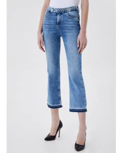 Cropped Jeans mit Schlag